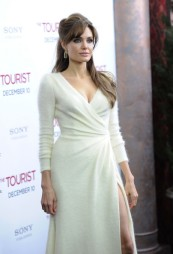 The Tourist Premiere - Angelina Jolie 3