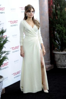 The Tourist Premiere - Angelina Jolie 6