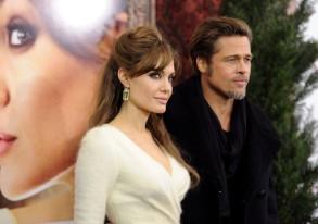 The Tourist Premiere - Angelina Jolie Brad Pitt 3