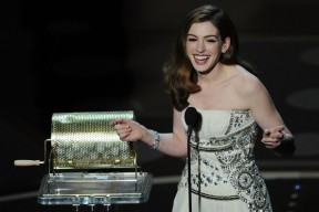 Oscar Anne Hathaway 1