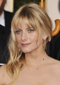 _30308_Preppie_-_Melanie_Laurent_at_67th_Annual_Golden_Globe_Awards_880_122_445lo