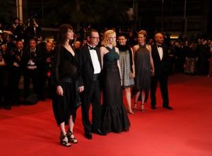 Charlotte+Gainsbourg+Melancholia+Premiere+LSVPtnpNhtgl