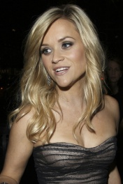 Reese Witherspoon looks fabulous in a figure-hugging corset at the Avon Foundation Gala in New York