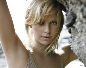 charlize-theron-1a