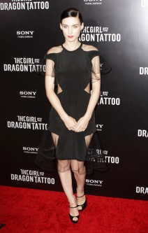Rooney Mara attends 'The Girl with The Dragon Tattoo' Premiere in NYC
