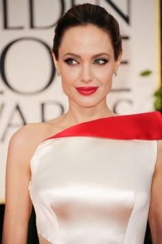 Angelina+Jolie+69th+Annual+Golden+Globe+Awards+WdWAas0S3jSl