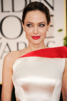 Angelina+Jolie+69th+Annual+Golden+Globe+Awards+WdWAas0S3jSl