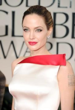 Angelina+Jolie+69th+Annual+Golden+Globe+Awards+ztSd8F3bRE_l
