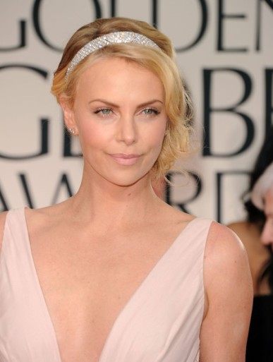 Charlize+Theron+69th+Annual+Golden+Globe+Awards+RGnEo2EnJDfl