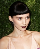 Rooney-Mara-at-the-CFDA-Vogue-Fashion-Fund-in-NYC-4-816x1024