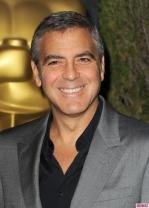 Celebs-Attend-2012-Oscars-Luncheon-5-732x1024
