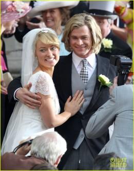 chris-hemsworth-olivia-wilde-get-married-02