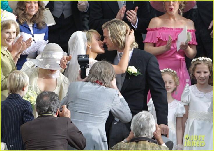 chris-hemsworth-olivia-wilde-get-married-10