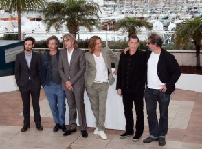 Brad+Pitt+attending+photocall+film+Killing+xqD8PmKjXydl