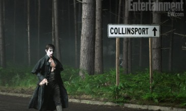 johnny-depp-dark-shadows-collinsposrt