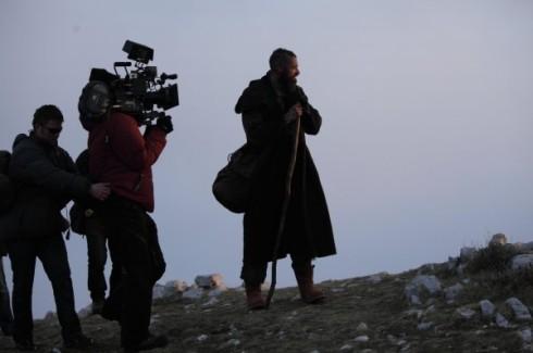 les-miserables-hugh-jackman-movie-image-set-photo-1-600x399