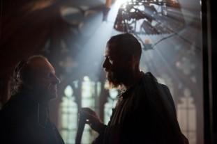 les-miserables-movie-image-hugh-jackman-31-600x400