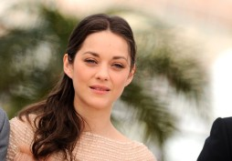 Marion+Cotillard+Cast+Rust+Bone+Cannes+Film+Lniyjhnw-c9l