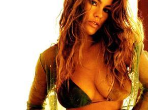sofia-vergara-feels-kim-kardashian-should-be-upset-over-butt-comparison