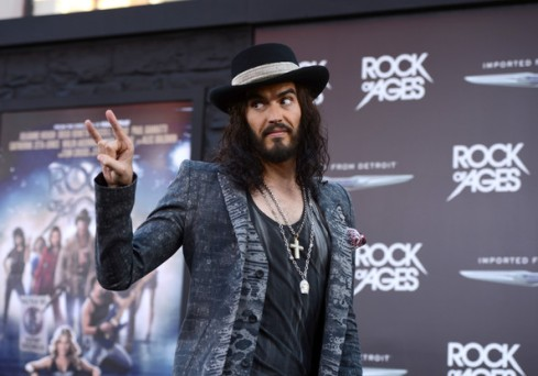 Premiere+Warner+Bros+Pictures+Rock+Ages+Red+OUGelLs92RBl