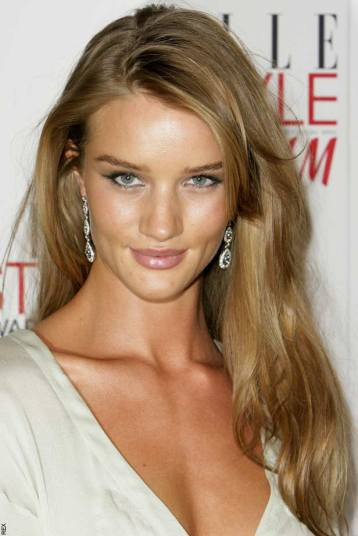 Rosie-Huntington-Whiteley-Hot-Pictures-2