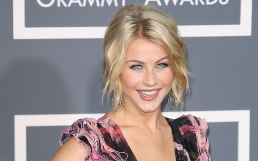Julianne-Hough-019-1920x1200