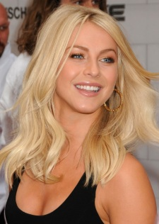 Julianne-Hough-5