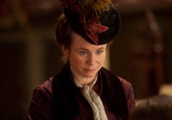 Emily-Watson-in-Anna-Karenina-2