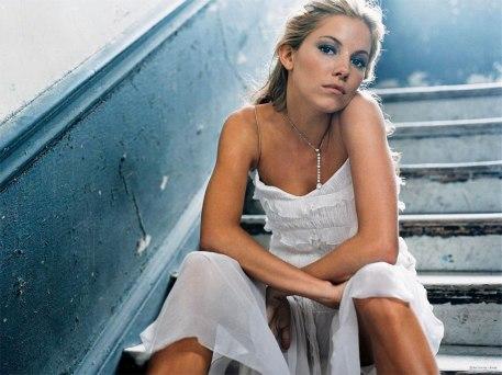 Sienna Miller 18