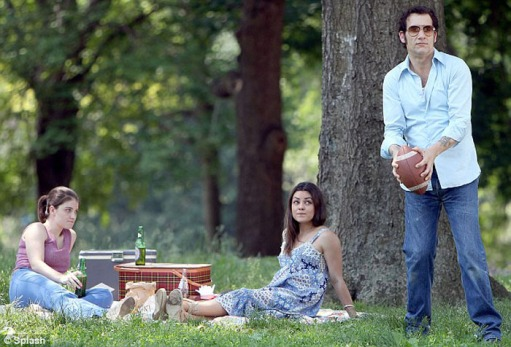mila-kunis-clive-owen-blood-ties-05