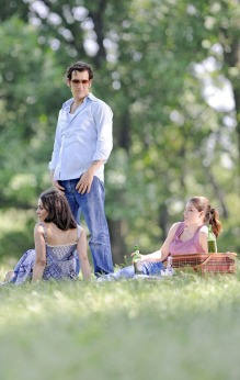 mila-kunis-clive-owen-blood-ties-06
