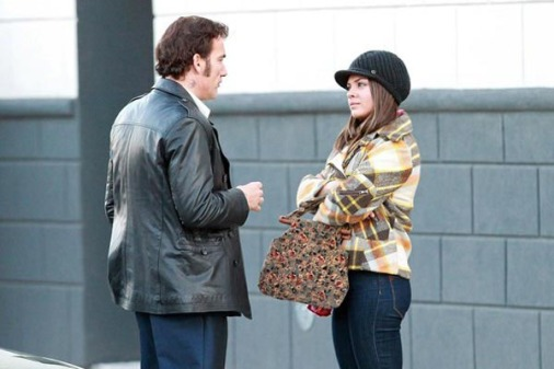 mila-kunis-clive-owen-blood-ties_set-03