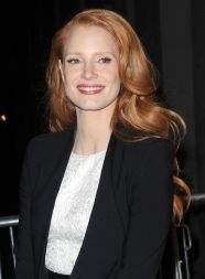 A-new-and-improved-Jessica-Chastain-arrives-at-the-Daily-Show-with-John-Stewart-3