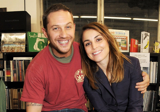 Tom-Hardy-Noomi-Rapace