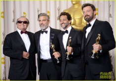 ben-affleck-george-clooney-win-best-picture-oscar-2013-05