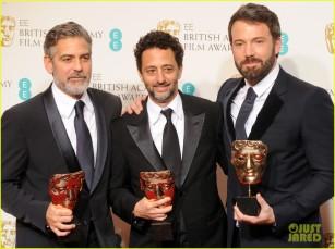 ben-affleck-wins-baftas-best-director-best-film-2013-04
