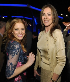 Best-Actress-nominee-Jessica-Chastain-hangs-with-Kathryn-Bigelow_gallery_primary