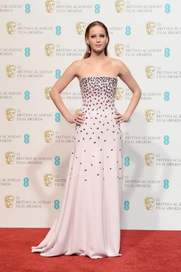 Jennifer-Lawrence-backstage-at-the-BAFTA-Film-Awards-