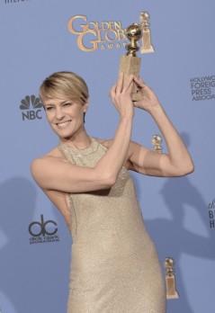 71st+Annual+Golden+Globe+Awards+Press+Room+SdPBuTe07Z_l