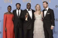 71st+Annual+Golden+Globe+Awards+Press+Room+UPKY_45Quyml