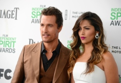 Matthew-McConaughey-and-Camila-Alves