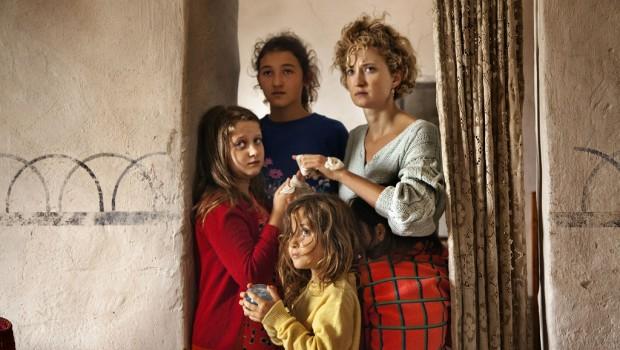 Le-meraviglie-Alice-Rohrwacher-parla-del-suo-film-in-concorso-a-Cannes-2014-2 (1)