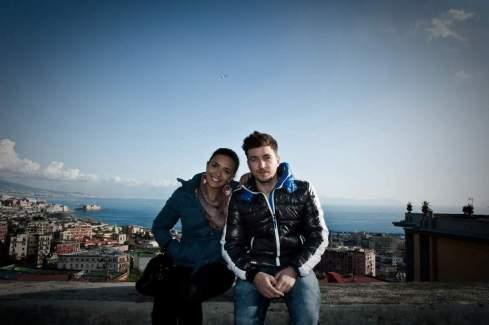 Song-e-Napule-Giampaolo-Morelli-e-Serena-Rossi-diario-partenopeo