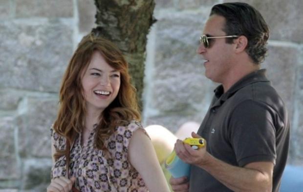 245699-400-629-1-100-Emma-Stone-Joaquin-Phoenix-set-nuovo-film-Woody-Allen-2014
