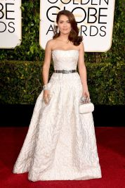 salma-hayek-at-2015-golden-globe-awards-in-beverly-hills_1