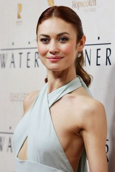 olga-kurylenko-at-the-water-diviner-premiere-in-sydney_1
