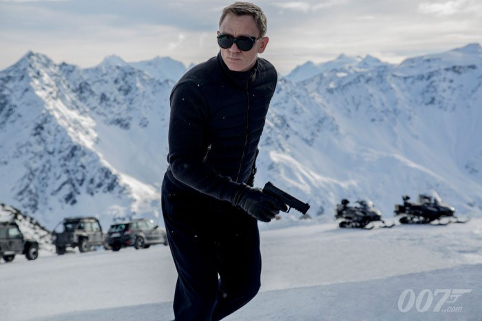 Spectre-James-Bond-700x467