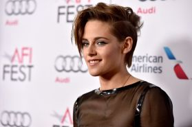 kristen-stewart-come-to-screening-of-still-alice-during-the-afi-fest-2014-in-hollywood_1