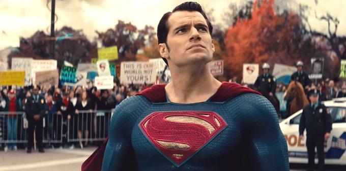 batman-vs-superman-comic-con-trailer-dawn-of-justice47.02-PM