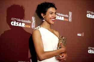 french-actress-zita-hanrot-poses-a1ed-diaporama